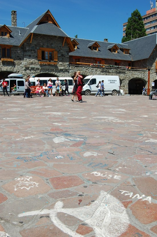 Tango dancers in San Carlos de Bariloche